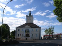 800px-town_hall_in_glogow_malopolski