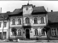 murowana-goslina-biblioteka1
